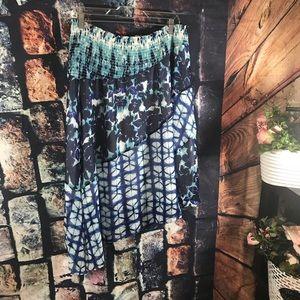 INC  intercontinental concept XL Skirt.  Blue